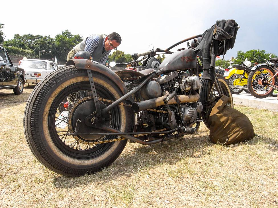 Nagyon szigorú az épített öreg Sportster Harley
