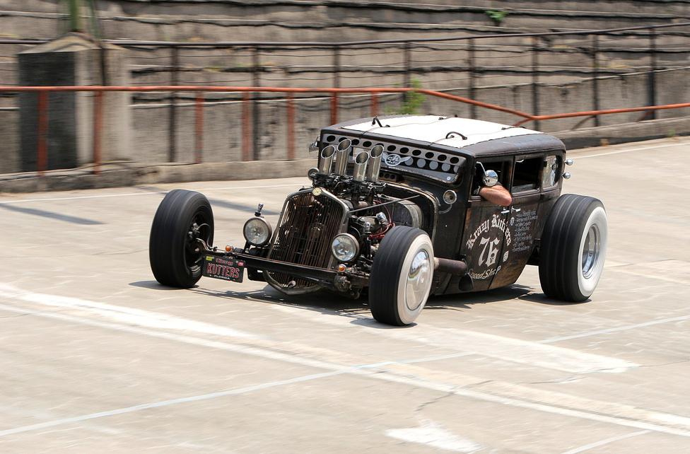 Egyike a nagy csődületet okozó járműveknek