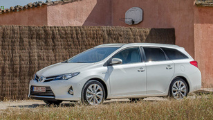 Bemutató: Toyota Auris Touring Sports – 2013.