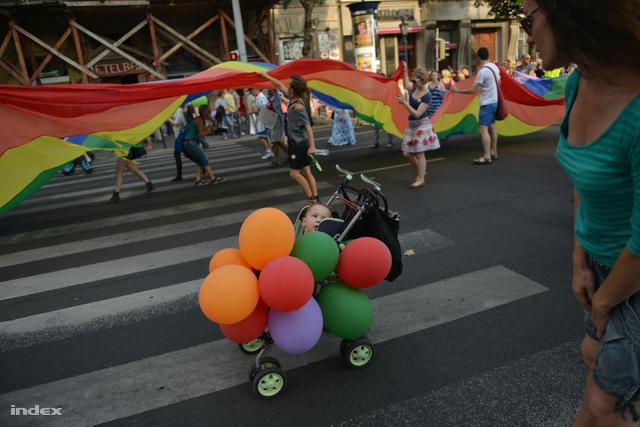 Kisgyerek a Budapest Pride-on 2013-ban