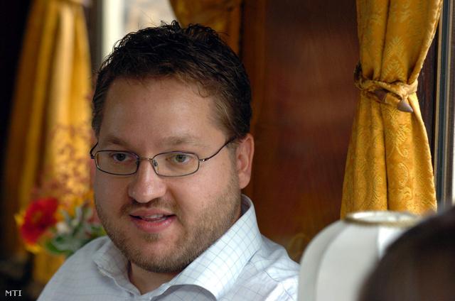 2006. augusztus 31. Koltai Gábor producer a Megy a gőzös című mozifilm sajtótájékoztatóján.