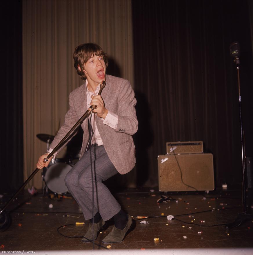 Mick Jagger 1960-ban. Ekkor már eldöntötte, hogy énekes lesz.