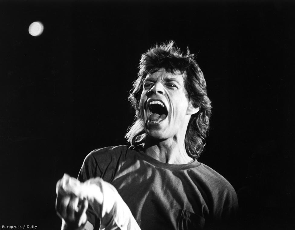 Mick Jagger az 1985-ös Live Aid segélykoncerten Philadelphiában.