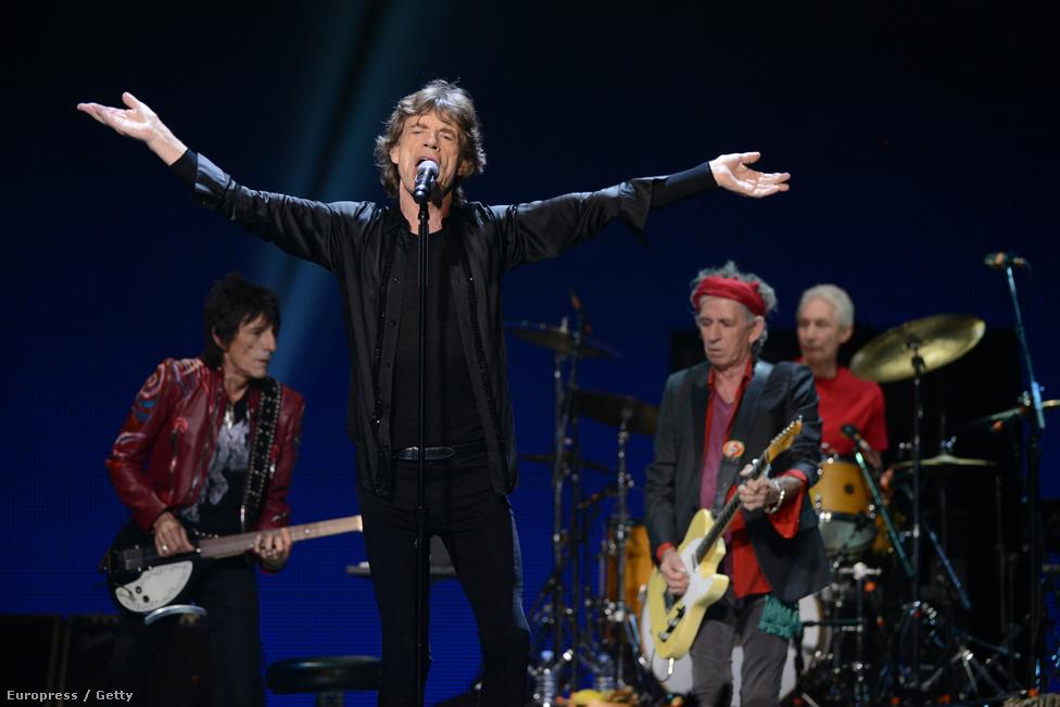 A kép egy hónapja készült a Washington DC-beli Verizon Centerben. Az utolsó koncertjüket július 13-án adták a londoni Hyde Parkban. Egyelőre nem tudunk újabb koncertdátumokról.