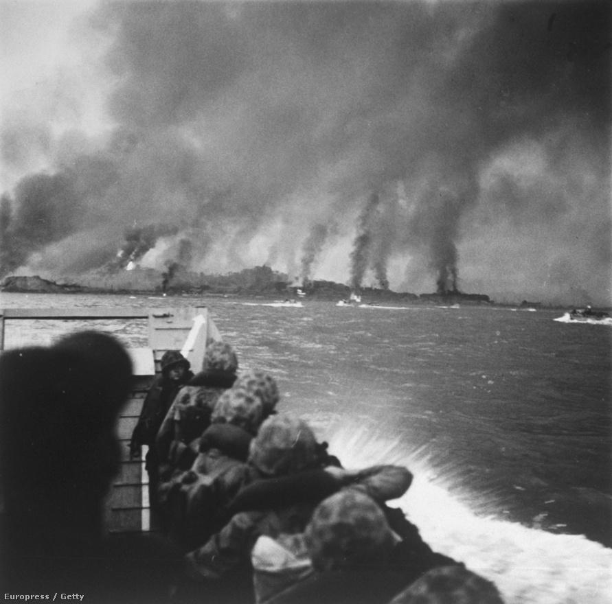 Az inchoni csata 1950 szeptemberében. Az invázióban a déli oldal az ENSZ támogatásával sikeresen visszafoglalta a fővárost, Szöult.