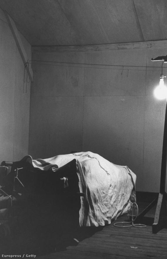 A háború utolsó amerikai áldozata 1953-ból. A 22 éves tengerészgyalogost egy kínai aknavető találata ölte meg.