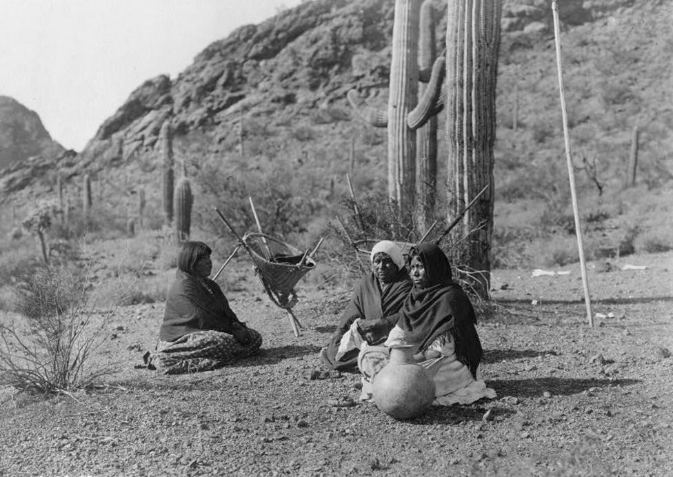 Kahatika nők (1907 körül)