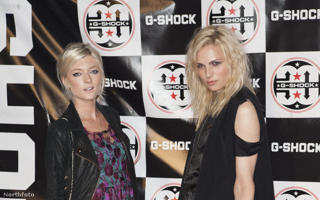 Andrej Pejic (jobbra) és Sophie Sumner a G-Shock huszadik születésnapi buliján, Londonban