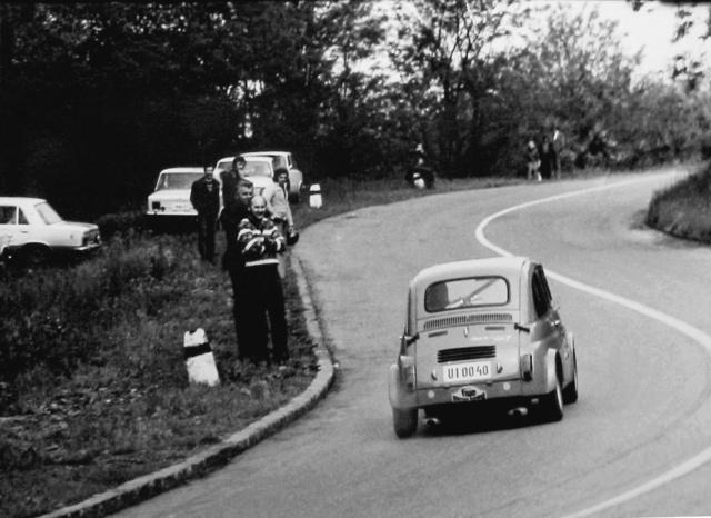 Hegyi versenyre a Monza, ügyességin aMonte-Carlo kipufogók kerültek fel
