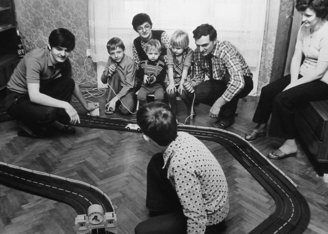 Öt fiú, egy lány és a Zima-szülôk