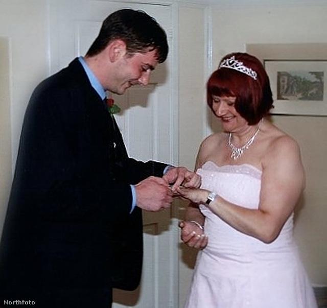 Dianne Hodgson második esküvője: ezúttal Gavin Hodgsonhoz, 2007-ben