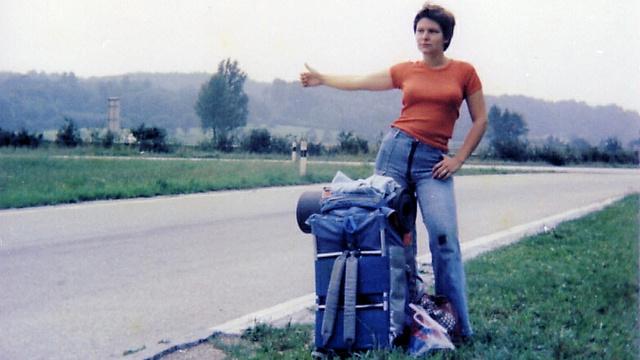 Autóstoppos nő a hetvenes években