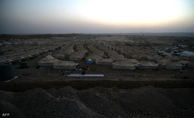 Menekülttábor szíriai kurdoknak Irak északi részén