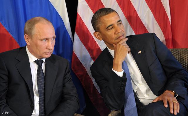 Obama és Putyin 2012-ben a mexikói G20 találkozón külön megbeszélésen tárgyalták Szíria ügyét