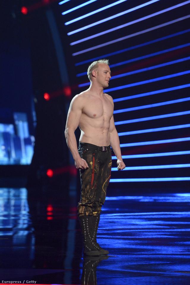 Timber Brown akrobata az America's Got Talent színpadán