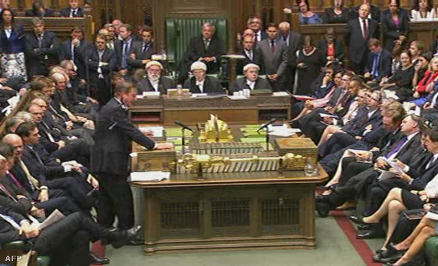 A brit parlament rendkívüli ülése
