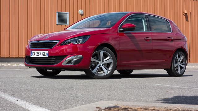 Az új, EMP2 platformra épül a Peugeot jövője