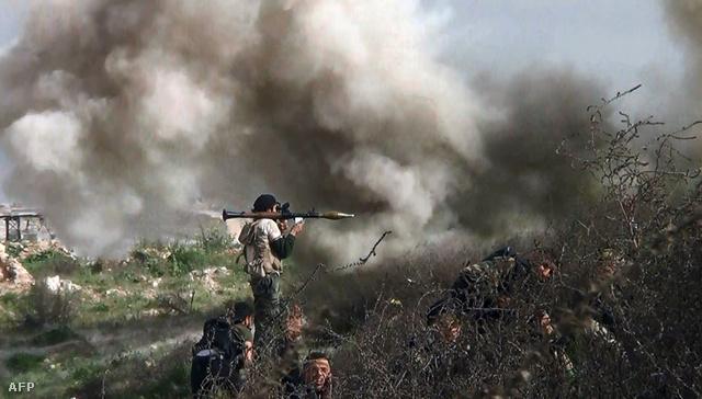Felkelők harcolnak Aleppó külvárosában, augusztus 26-án