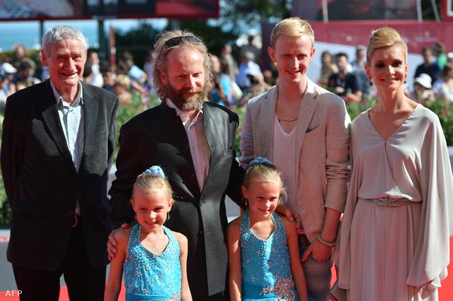Horst Rehberg, Philip Gröning, David Zimmerschied,  Alexandra Finder és az ikrek Pia és Chiara Keelman