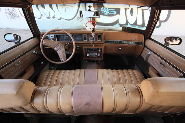 Az Oldsmobile belseje szellősebbnek érződik, pedig kisebb