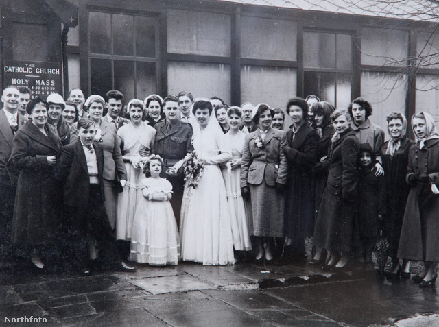 Ollie és Wills Holmes első esküvője 1955-ben