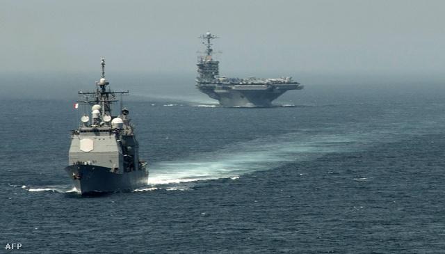 Amerikai hadihajók Gibraltár közelében