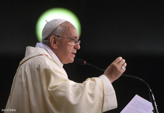 2013-07-27T172853Z 898878244 GM1E97S040101 RTRMADP 3 POPE-BRAZIL