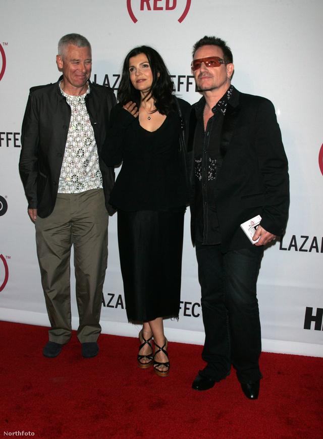 Adam Clayton Bonóval és nejével