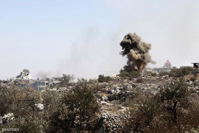 A szíriai hadsereg szeptember 7-én kezdte bombázni a felkelők által uralt Ariha térséget