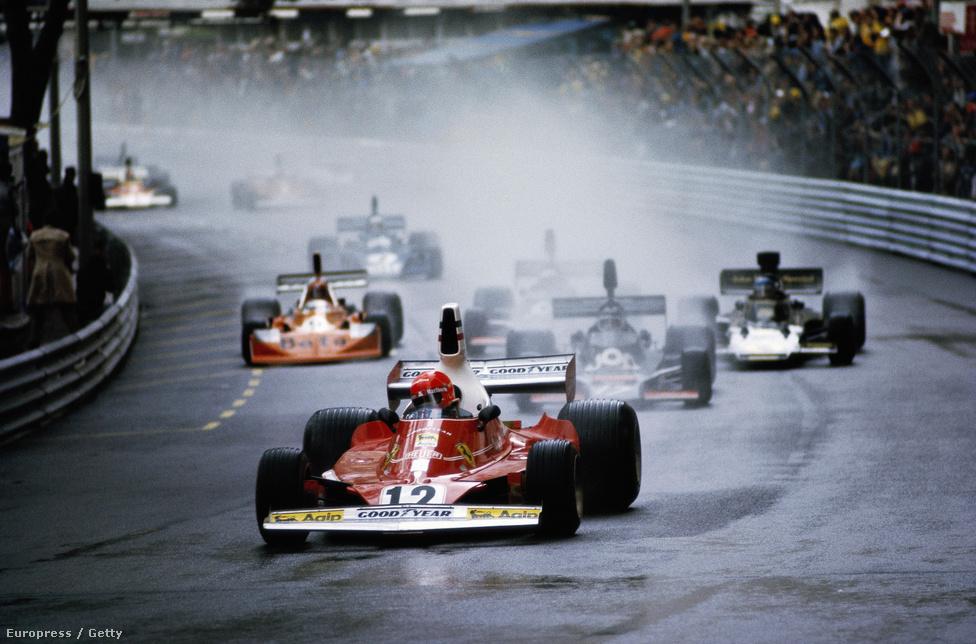 Lauda 1975-ben, a Ferrariban megnyerte a Monacói Nagydíjat, karrierjében először, útban első világbajnoki címe felé.