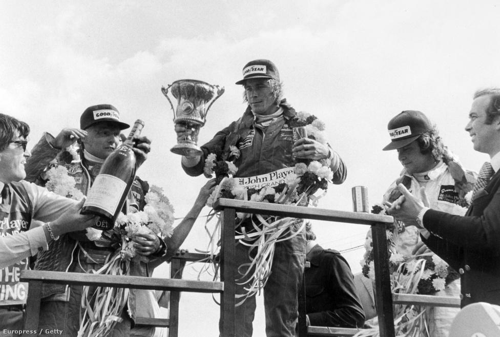 Hunt meg is nyerte a versenyt akkor Silverstone-ban, Lauda lett a második mögötte. Ekkor álltak utoljára együtt a dobogón.