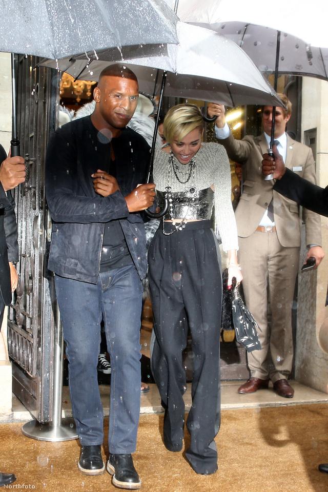 Miley Cyrus Párizsban járt