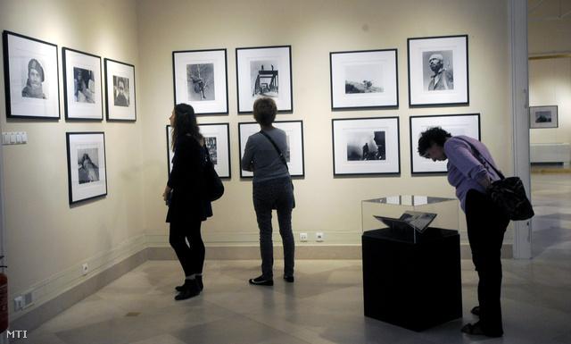 Capa-kiállítás nyílt a Nemzeti Múzeumban