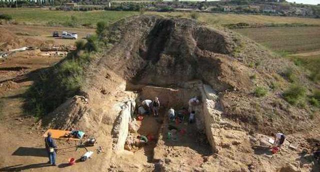 Etruszk hercegi sír Tarquiniában