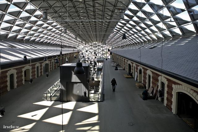 Új tető a régi tetőn