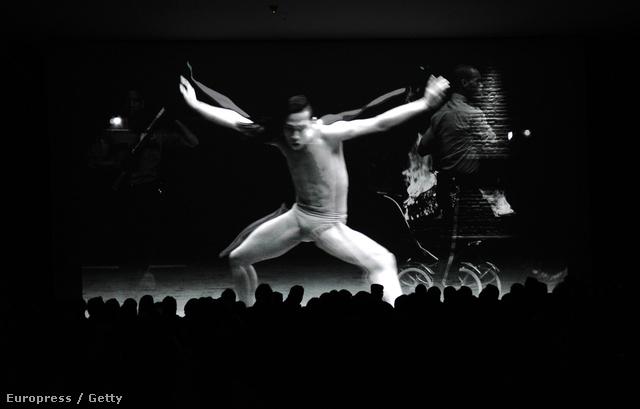 Performansz New Yorkban a secretprojectrevolution tiszteletére