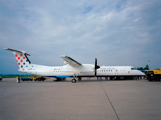 A Croatian Airlines egyik Dash 8 gépe