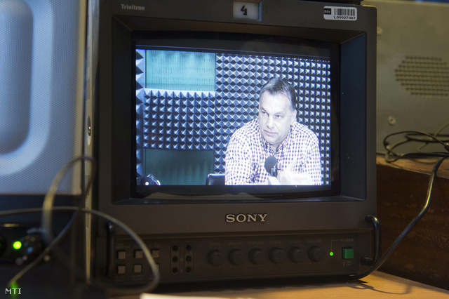 Orbán Viktor a rezsicsökkentésről beszél a Kossuth Rádió szeptember 20-i műsorában