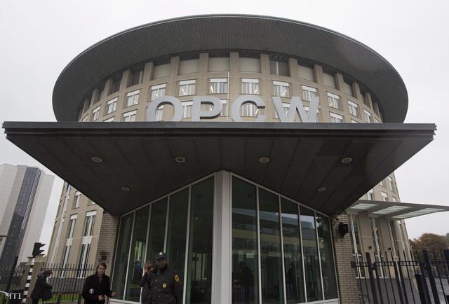 A Vegyifegyver-tilalmi Szervezet az OPCW hágai székhelye 2013. október 11-én.