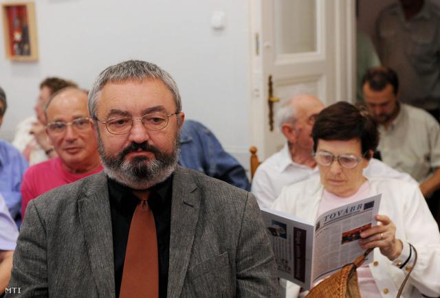 Debreczenyi János