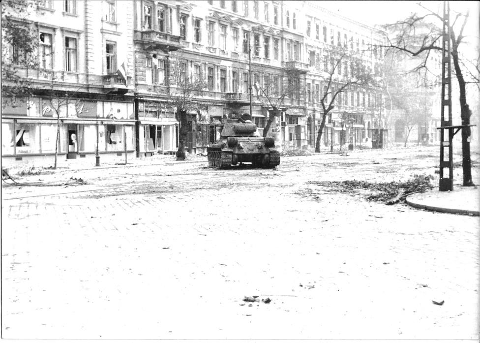 A Baross utca torkolata a József körútnál