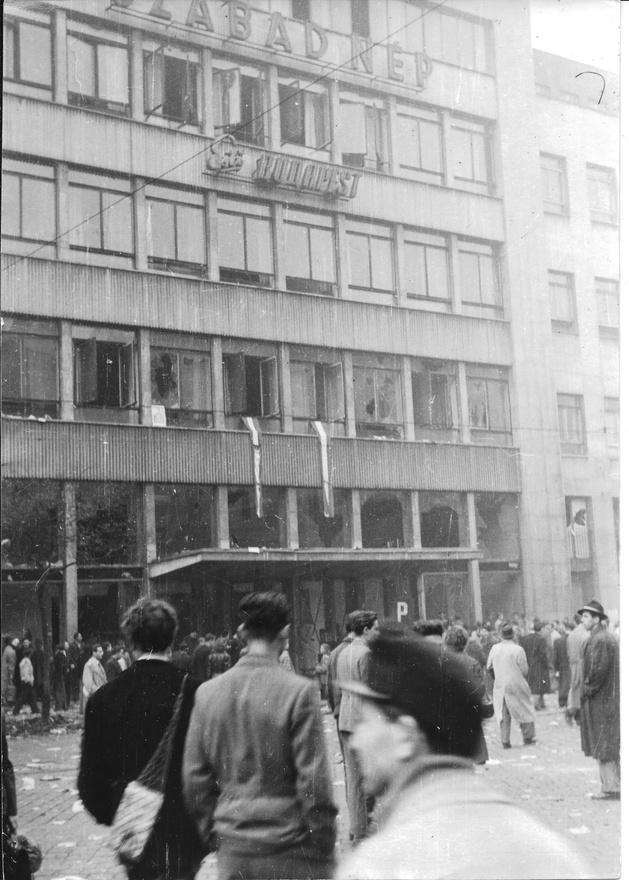 Szabad Nép székház a Blaha Lujza téren