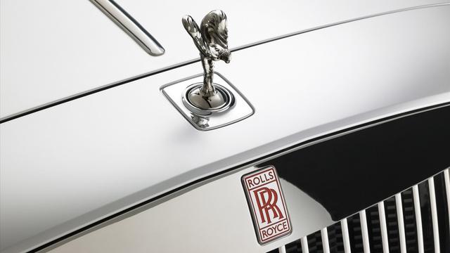 Spirit of Extasy, a Rolls-Royce szobrocskája, ami több mint száz éve egyet jelent a kifinomult brit luxussal