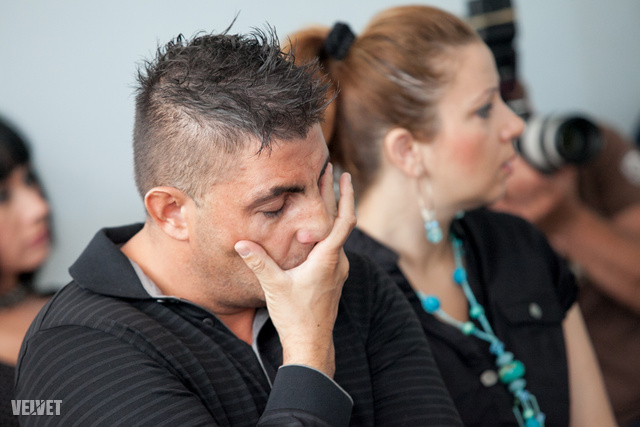 Gáspár Győző és felesége a Salgótarjáni Városi Bíróságon, 2012. június 26.