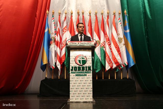 Vona Gábor a Jobbik 10. kongresszusán