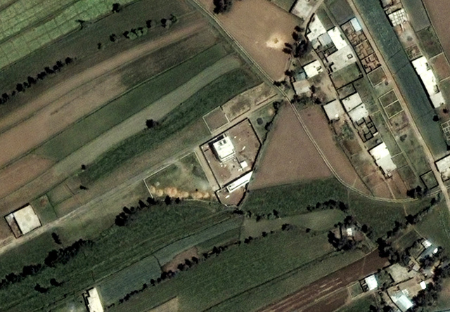 Osama bin Laden pakisztáni menedékháza a DigitalGlobe műholdképén