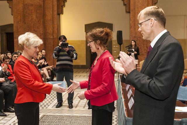 Polgárné Vida Judit 2012. december 14-én vette át kinevezését Handó Tündétől, az OBH elnökétől. (Jobbról Darák Péter a Kúria elnöke.)