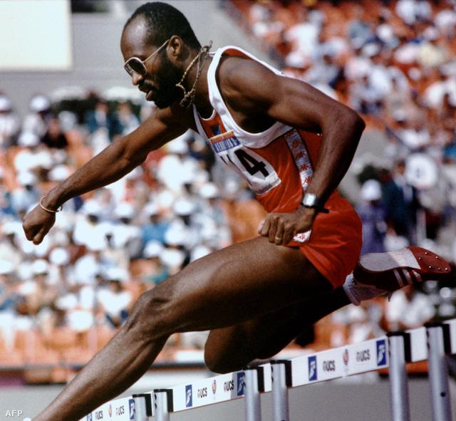 Edwin Moses a szöuli Olimpián, ahol 49,38-as idővel jutott a döntő futamba