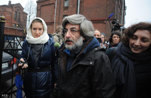 Andrey Allakhverdov, az Greenpeace egyik aktivistája szabadlábra helyezése után, Szentpéterváron, 2013. november 21-én.