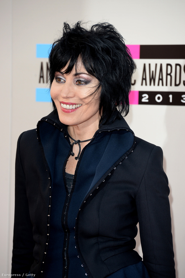 Joan Jett az American Music Awardson, az I Love Rock 'n' Roll előadója 55 éves, 25 évet simán letagadhatna